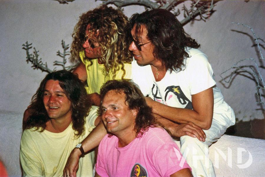 Cabo_Wabo_grand_opening_1990_Sammy_Hagar_Van_Halen_VHND_6
